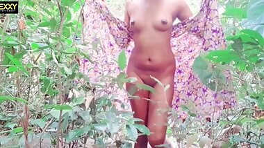 sri lankan school bitch anal,pussy fuck and pissing in forest